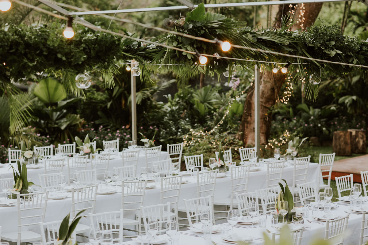 Wedding reception styling at Garden of the Sleeping Giant